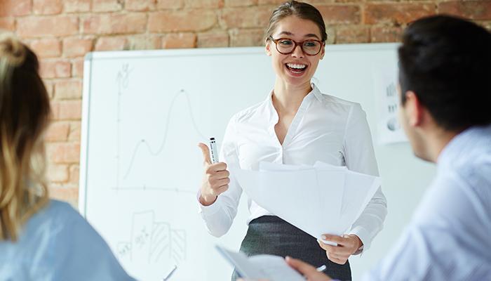 филолог может стать бизнес тренером